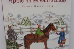 Apple Tree Christmas - Sleeping Bear Press