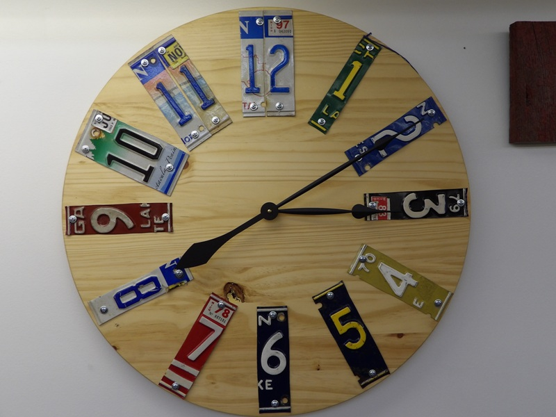 License Plate Art Clock - Recycled Highway
